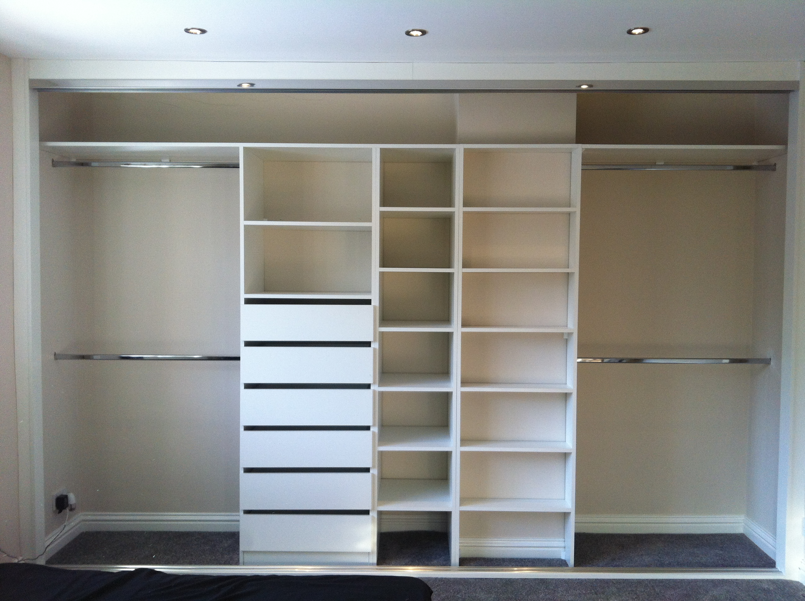bespoke interior wardrobe sliding wardrobes. Black Bedroom Furniture Sets. Home Design Ideas