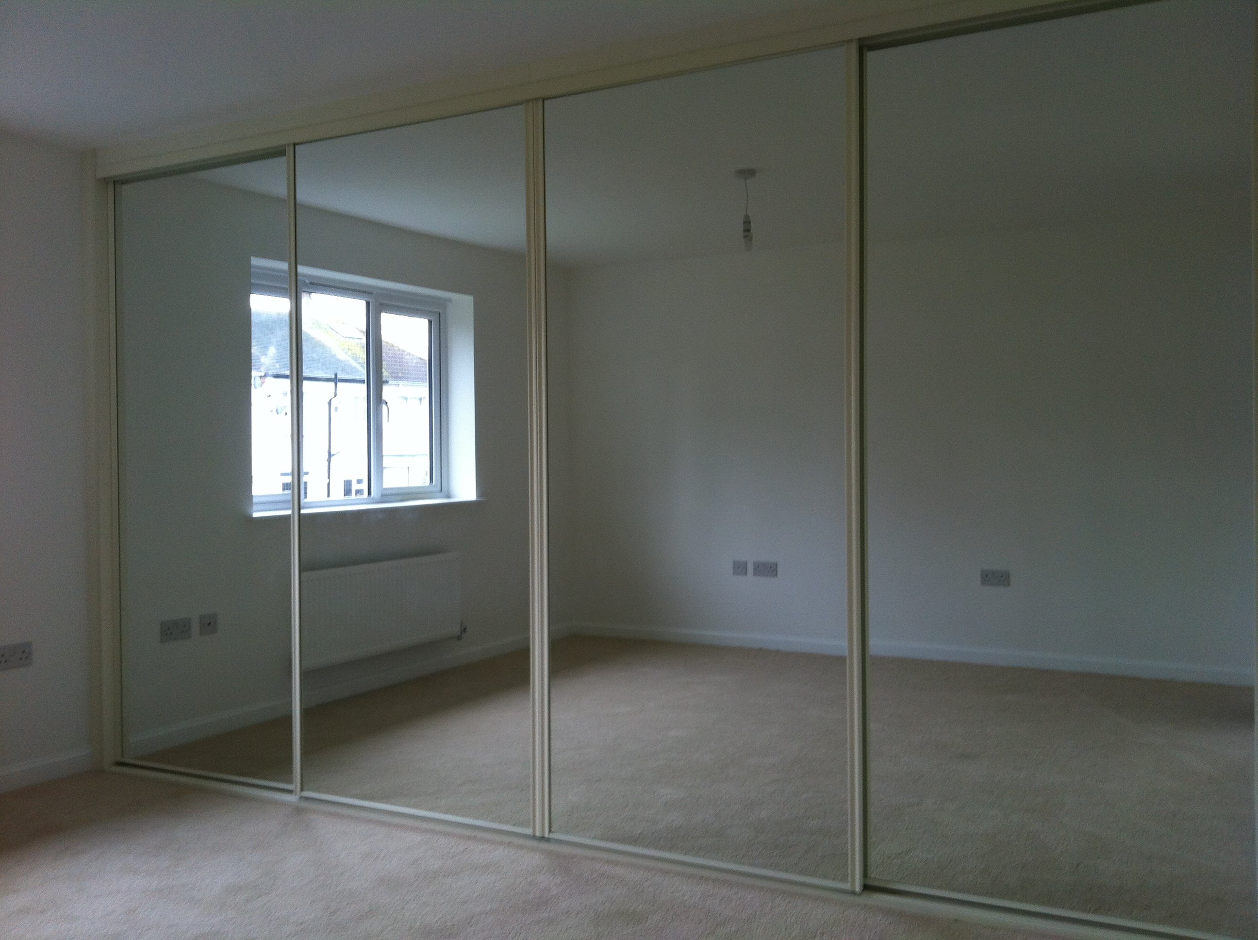 Fitted Mirror Wardrobes Sliding Wardrobes