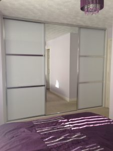 Sliding wardrobe chrome frame