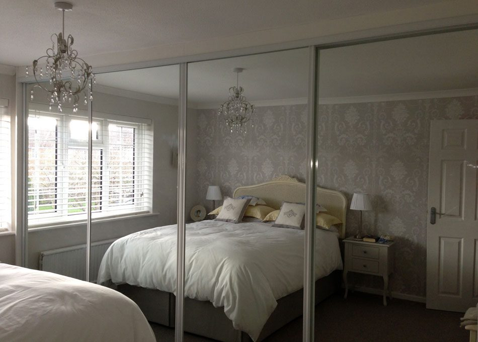 White frame and Mirror doors