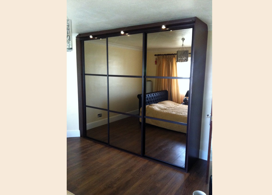 Oriental wardrobe wenge frame and mirrors