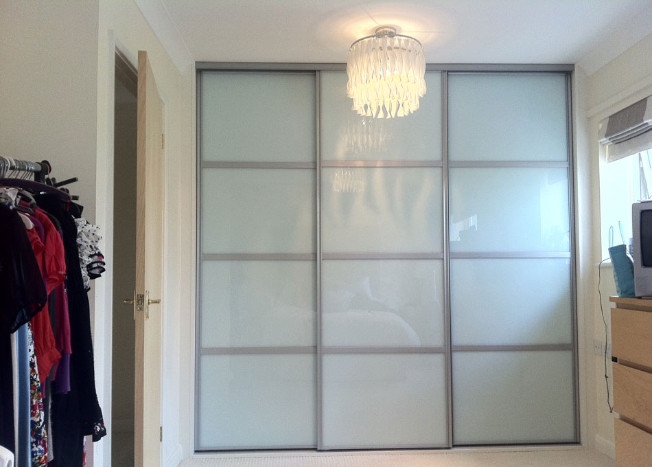 Oriental wardrobe silver frame and white glass