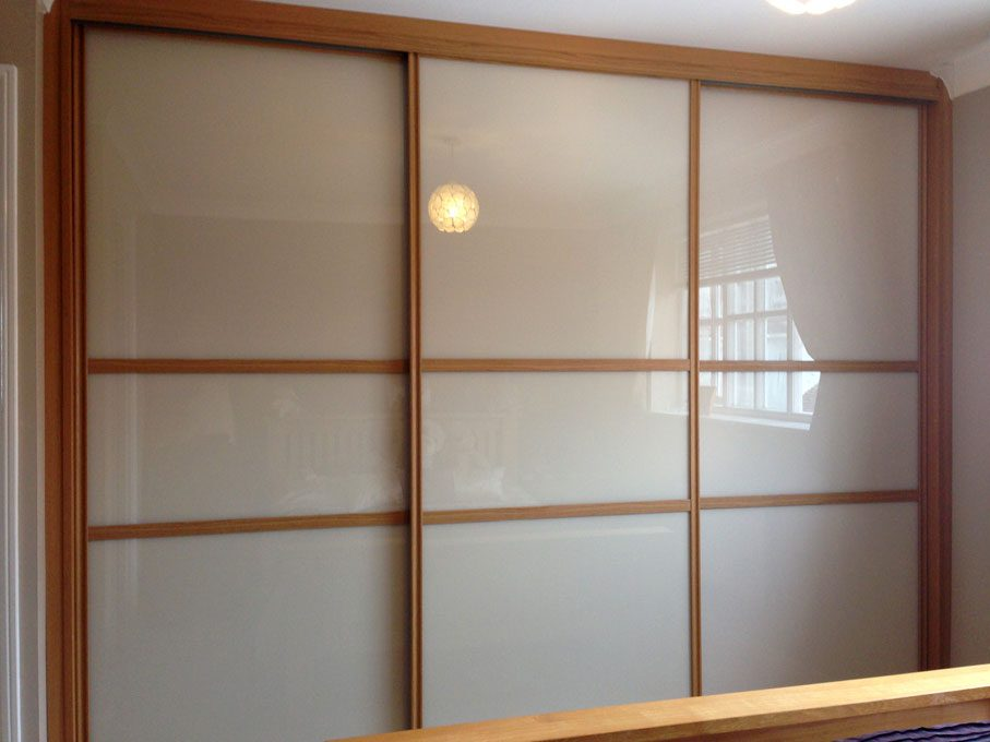 Oak frame and Pure Almond glass doors