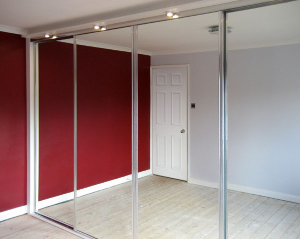 Fitted Sliding Mirror Wardrobes