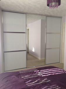 Sliding wardrobe chrome frame