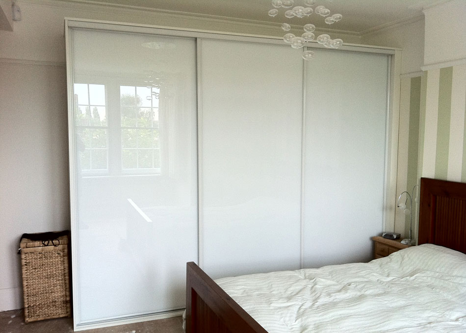 White frame pure white glass