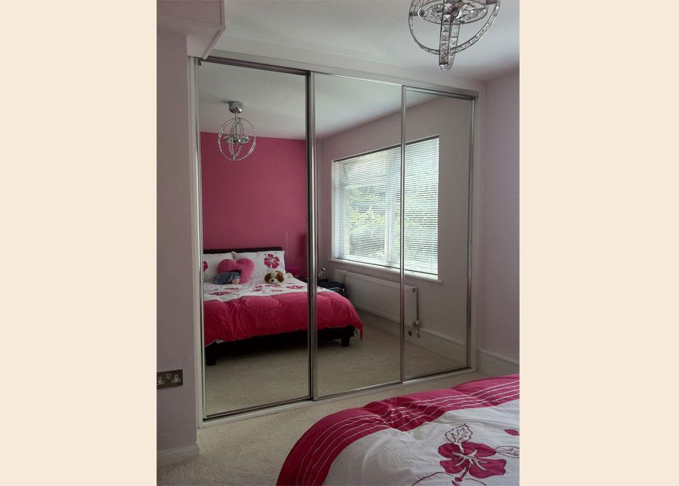 Mirror wardrobe with chrome frame
