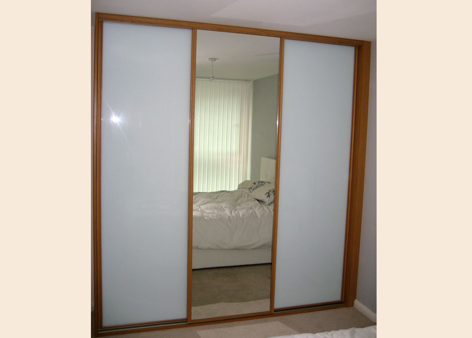 Oak frame mirror and white glass