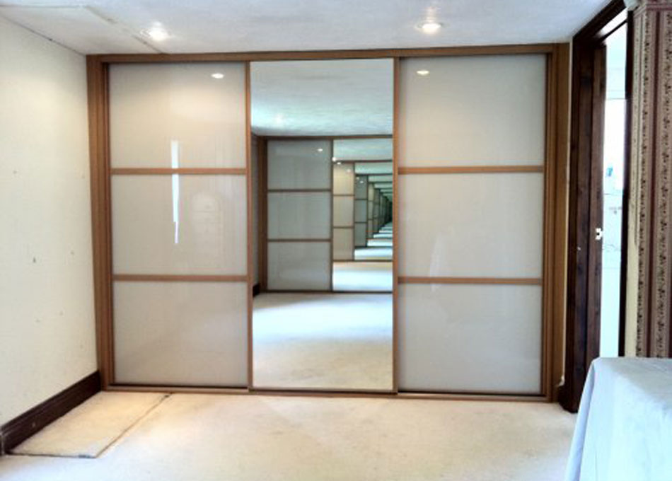 Oak frame mirror and peach glass