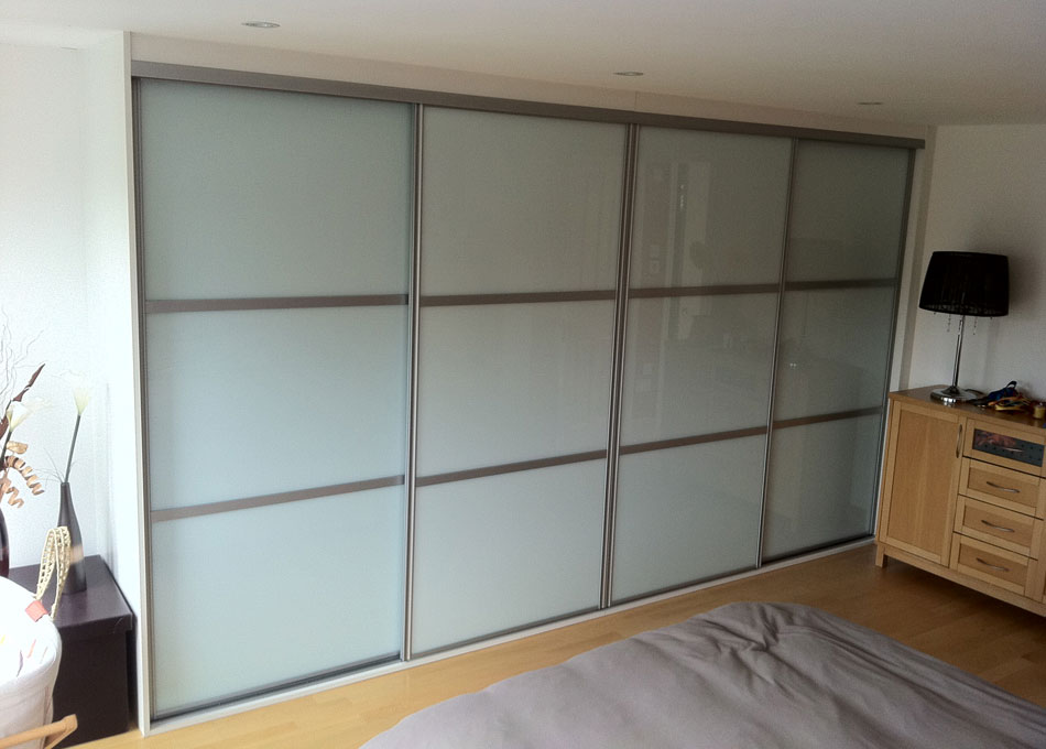 Platinum frame mirror and frosted mirror